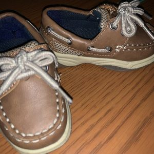 Boat shoes toddler size 4
